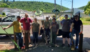 Read more about the article Youth Leaders Clean up Sweet Home's Ashbrook Park
